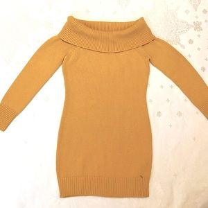 NWOT Guess knit sweater top